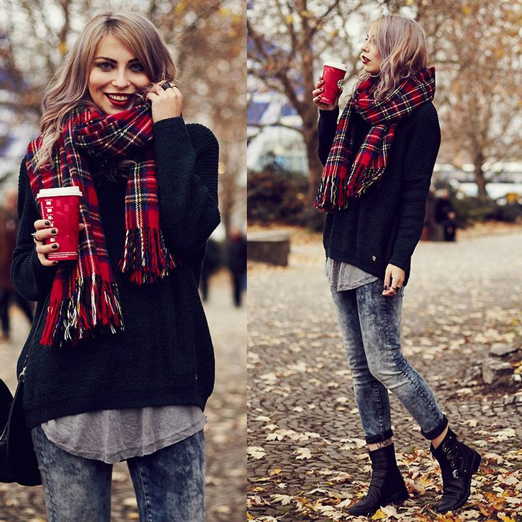 Christmas Time outfit idea. Adorable. I love a bright red scarf with a black sweater.