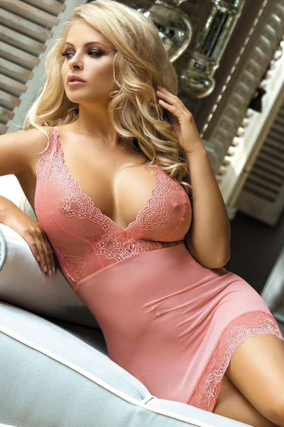 Girls in lingerie amateur