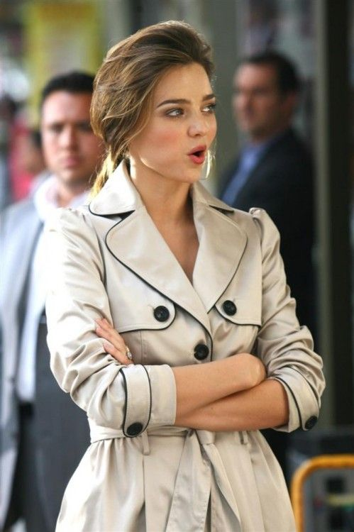 Miranda Kerr in a trench coatMirandakerr, Miranda Kerr, Fashion, Style, Travel Wear, Sorority Girls, Winter Is Come, Trench Coats, Glamorous Chic Life