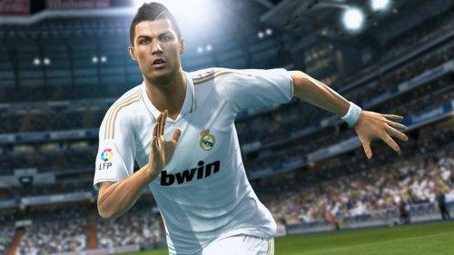 Maquinitas: PES 2013 o FIFA 13, ¿cuál se llevará nuestro gol de oro
