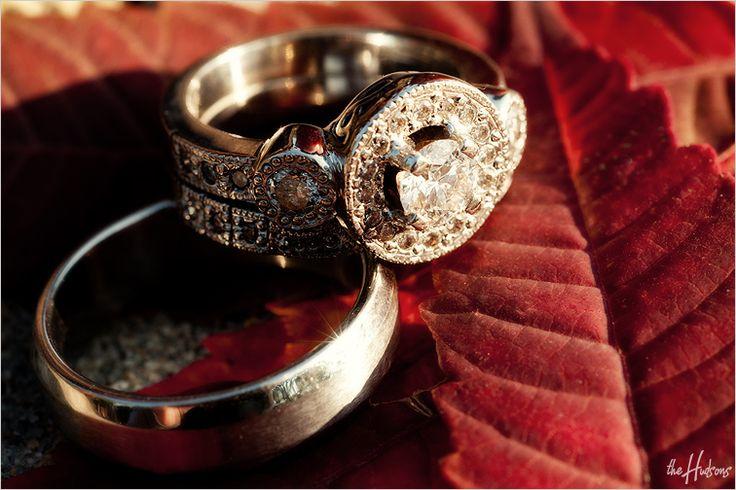 Vintage wedding ring - Photo by Kori