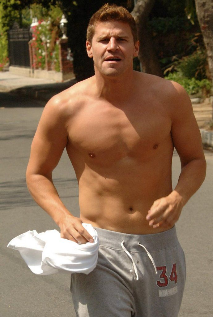 David boreanaz naked these girls, guy eating girl out caught
