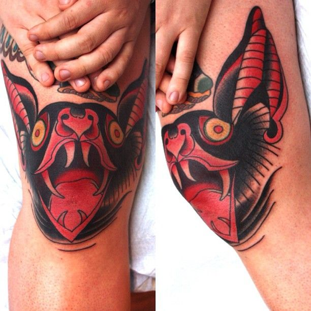 kneecap tattoos | Knee cap action; and a huge knee at that! Took three hours.