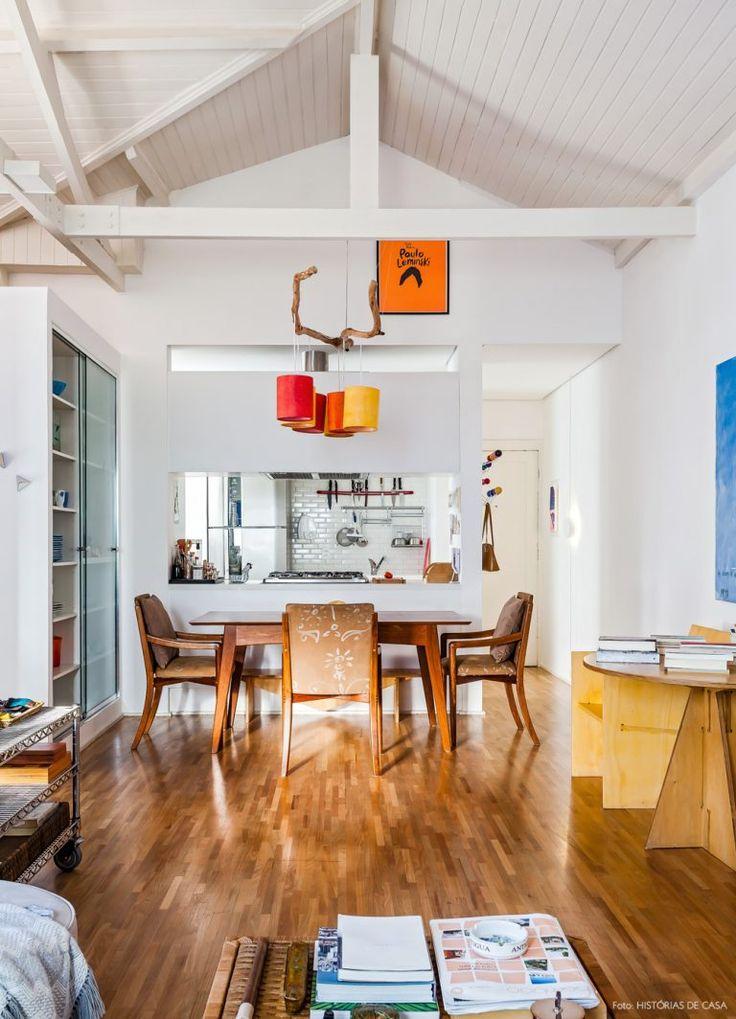 15-decoracao-apartamento-pe-direito-alto-telhado-branco-vigas
