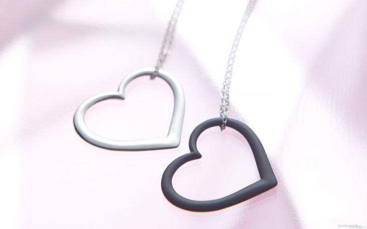 Сердечка на цепочке - Скачать обои для рабочего стола, картинки, фоны, заставки