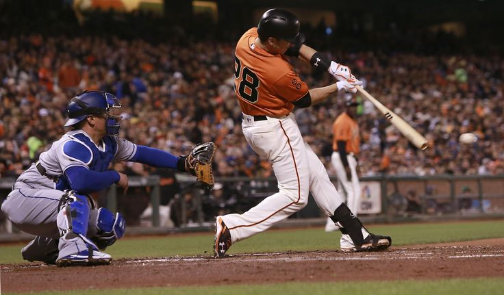 Giants bodyslam Dodgers with seven-run inning