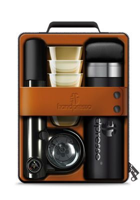 With the outdoor set, you have everything to enjoy your espresso on the go!    The suitcase contains the essence of the portable espresso - the Handpresso WILD - the small, portable and manual espresso machine as well as:    - 4 unbreakable cups    - A thermos flask of 300 ml stainless steel (for hot water always on hand)    