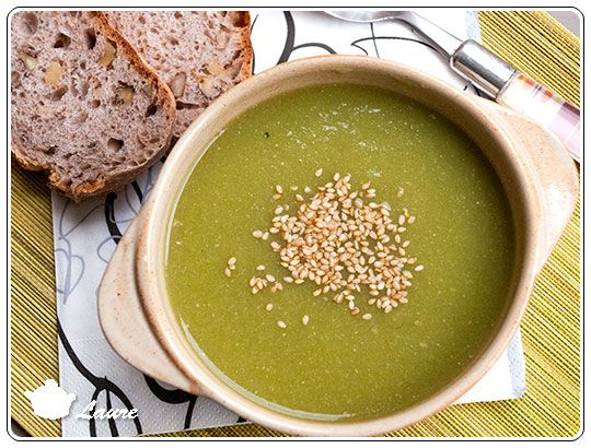 Potage aux courgettes et haricots verts