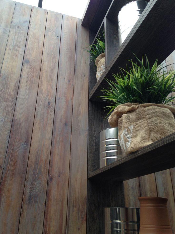 Кафе_доски на стенах
