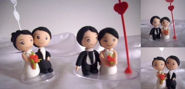 Lembrancinha de noivinhos em biscuit com porta recado  para casamento.  Esse porta recados com noivinhos em biscuit  é uma excelente alternativa para lembrancinhas de casamento.     Leia Mais: http://www.biscuitdamarga.com.br/lembrancinha-porta-recado-noivinhos/#ixzz1zJ3p4E3G