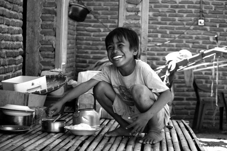 Travelling in Sumbawa. Photo Tania López