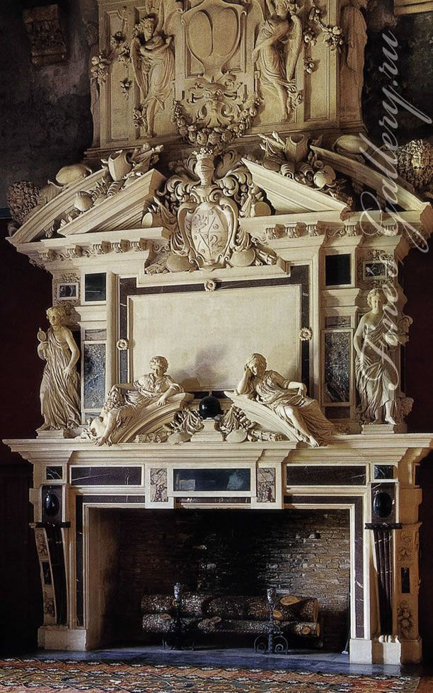 Камин. Франция 18 век.   (--Старинные, Антиквариат, )