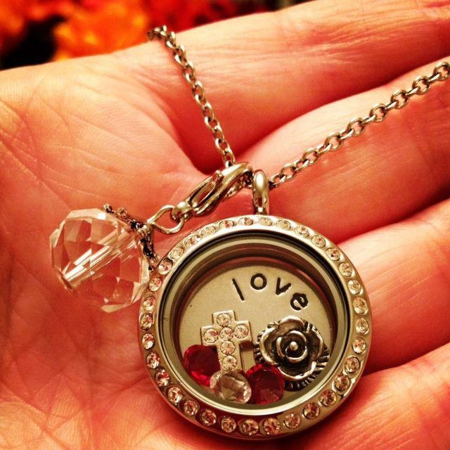 www.southhilldesigns.com/katiej    South Hill Designs, Living Locket, Love, Jewelry, No Waiting List To Start Selling