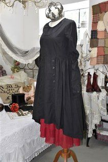 kleider und schuerzen von ewa i walla bei seelenkuesse kleider
