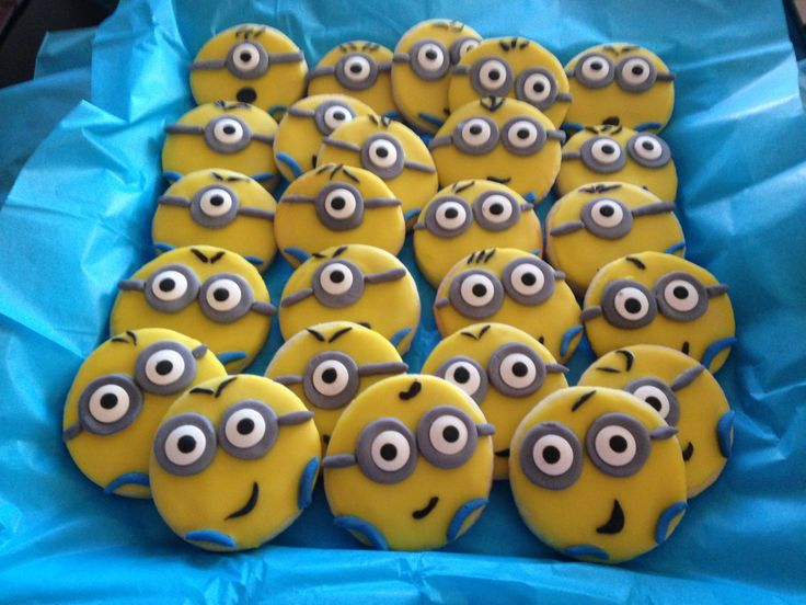 Despicable Me: Minion Cookies!