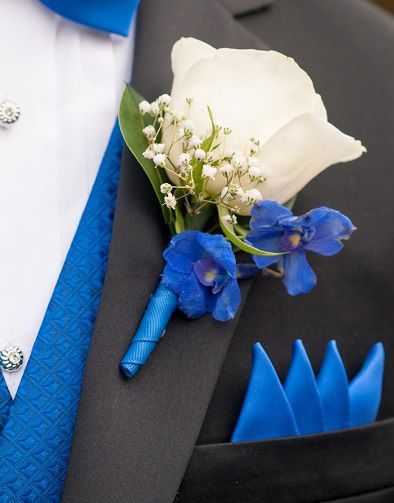 186 best diy boutonniere inspiration images on pinterest diy blue and white diy wedding flowers real wedding solutioingenieria Image collections