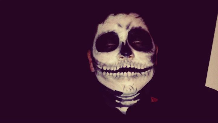 Halloween skeleton make up
