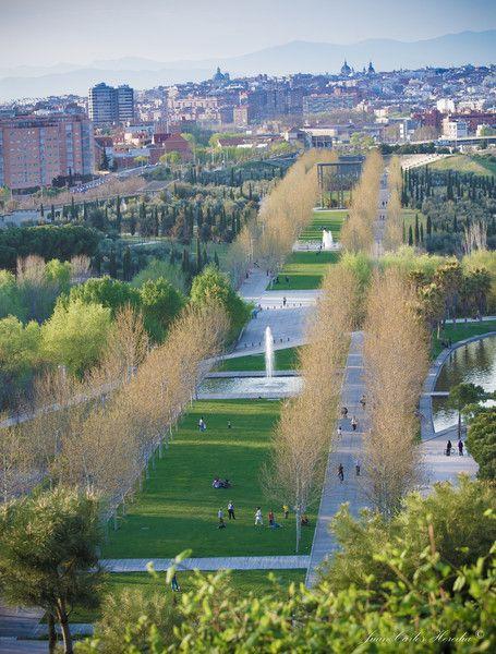 Parque Lineal del Manzanares. www.gattus.com #tourism Visit Madrid.