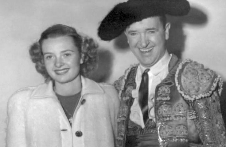 Stan Laurel - daughter Lois visits The Bullfighters set