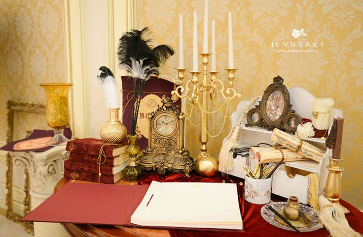 wedding decor, king, gold wedding