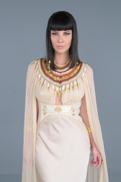 Camila Rodrigues es Nefertari.