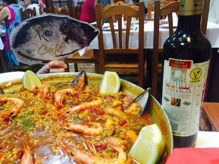 Da igual como haya sido tu semana. Todo se arregla con una paella entre amigos!! Restaurante / Bar Chele con #AOVECastilloDeTabernas
