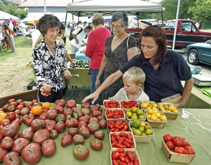 Farmers Markets Around Richmond Dates, addresses and hours.