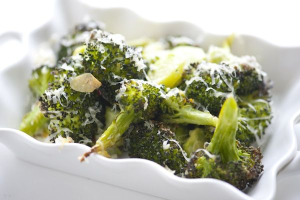 Cheddar Roasted Broccoli – Cheesy Baked Broccoli