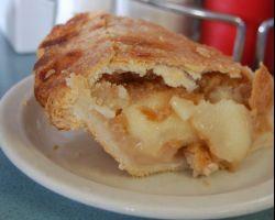 Low-Carb Classic Apple Pie (almond flour crust)