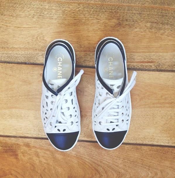 Chaussures De Chanel, Chaussures De Sport Chanel, Placard À Chaussures,  Ariana Grande, Beau, Mon Style, Tenue, État D'esprit