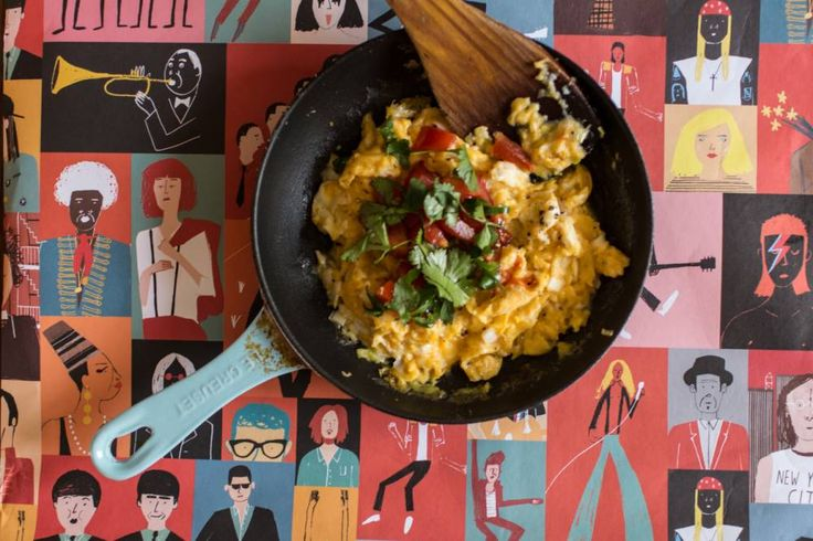 Whether it's a hangover cure or a pick-me-up, for me it's all about those lively Mexican flavours dancing around the mouth. How to make Mexican scrambled eggs.