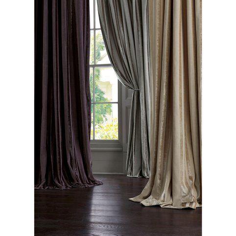 17 meilleures id es propos de rideaux en velours sur pinterest tissu vert. Black Bedroom Furniture Sets. Home Design Ideas