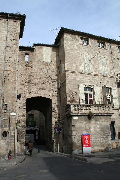 Le Languedoc-Roussillon est très divers, il vous sera très difficile de découvrir cette région toute entière en une seule visite ou lors d'un séjour, nous vous proposons dans ce guide touristique quelques idées dans chacun des cinq départements qui composent la région. Vous pouvez alors voir les guides de séjour et voyage plus détaillés pour chaque département pour beaucoup plus d'informations et de vous aider à planifier une visite réussie.