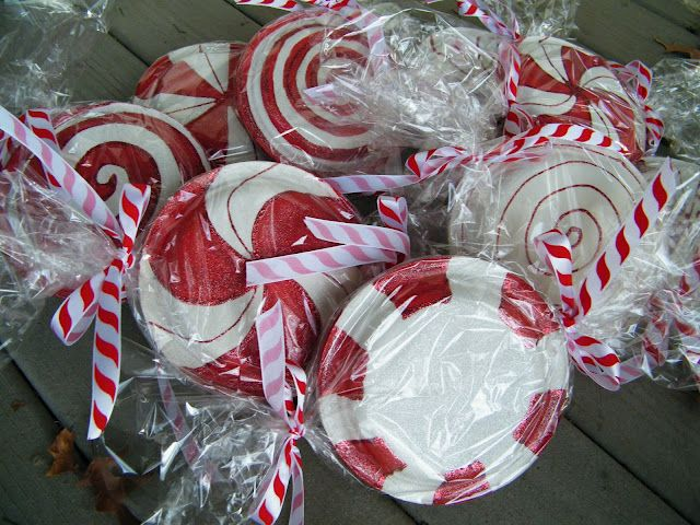 """peppermint candy"" made from paper plates. These would be cute to hang from the trees."