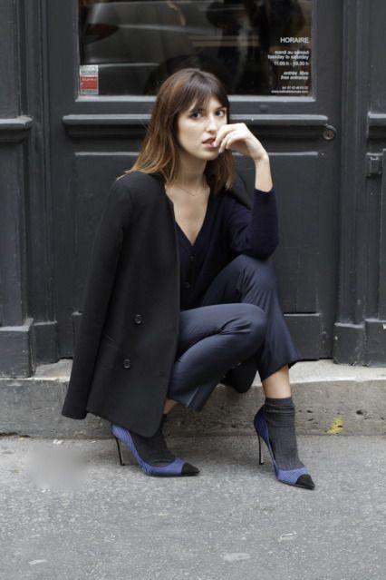 Musa de estilo Jeanne Damas - socks and stilettos... a trend i'm trying to get behind