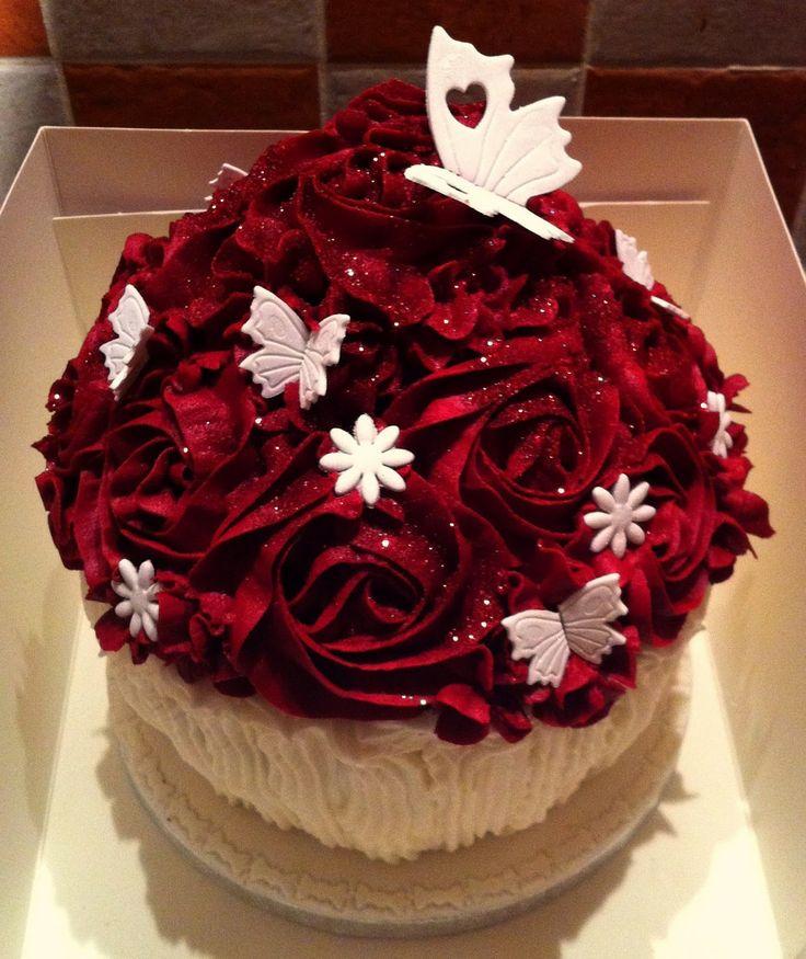 Wedding Cupcake Decorating Ideas: The Fondant Fairy Red Rose Giant Cupcake Cakepins.com In