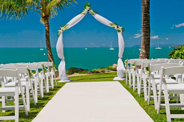 Planning a wedding? Make it a Queensland destination wedding. Coral Sea Resort, Airlie Beach #whitsundays