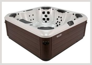 Bullfrog A7 The A7 features dual premium corner captain's chairs, each with wrist, hip, calf and foot jets to go along with 5 JetPaks of your choice. In addition, absolutely no space is wasted in this spa, giving it the feel of a much larger hot tub and making it ideal for entertaining groups or families. This spa provides a premium relaxation experience and the ideal setting for nurturing meaningful relationships. #WheatlandFireplace #BullfrogSpas