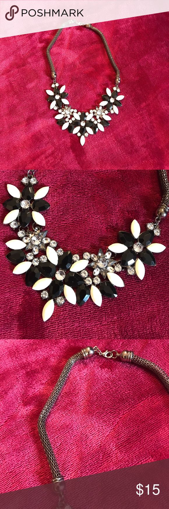 Black and White Statement Necklace Worn Once ••• Jewelry Necklaces