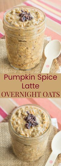 Pumpkin Spice Latte Overnight Oats - Starbucks lovers, satisfy your PSL craving with a healthy breakfast recipe. This oatmeal has coffee and pumpkin puree in it!