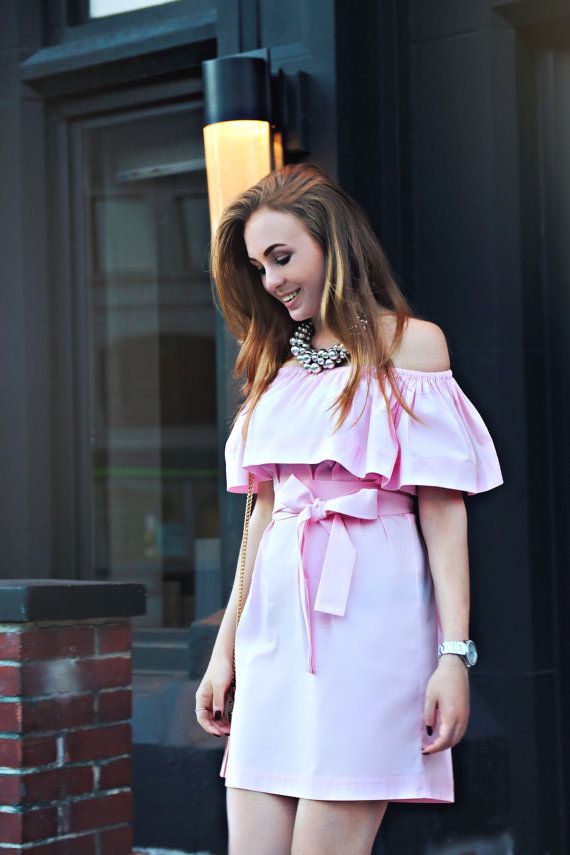 Here is how the dress looks like with belt. Pink #flouncetopdress