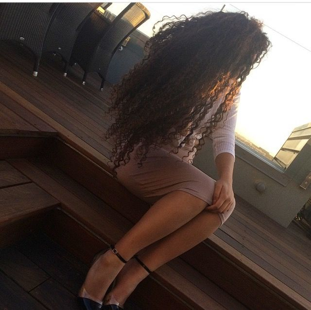 @juliannastrid || long curly hair. Curly girl. Curly Rapunzel. Long natural hair.