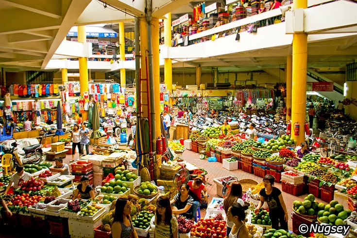 Best local markets in Hanoi