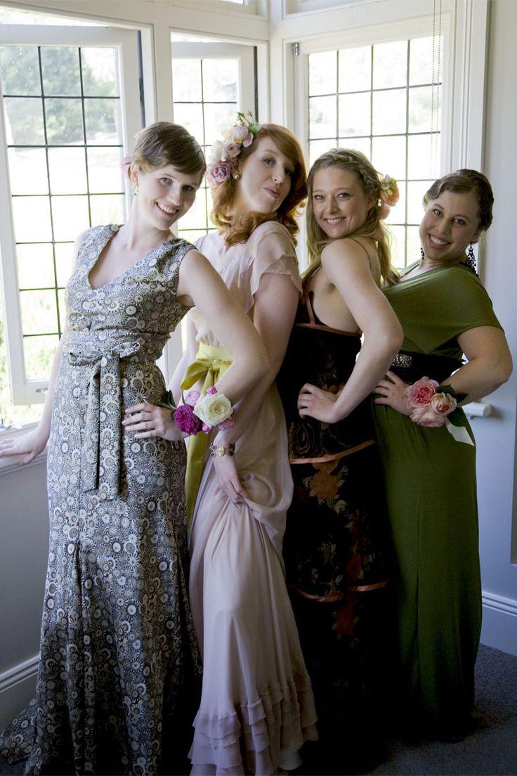 #bridesmaids #dresses #wedding #flowers   Photography by Hanna Hosking, Hang Studio
