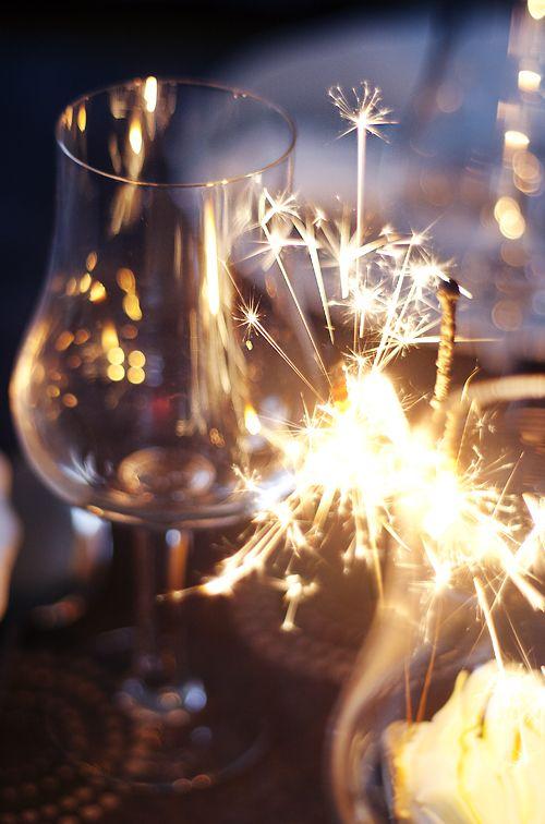 a sparkling toast - Nyår | Gröna Skafferiet