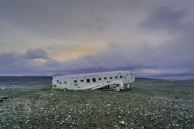 Simone Della Fornace Photography - Blog - Crashed Plane Sunrise