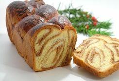 Romanian Sweet Bread / Cozonac :: Romanian Food Recipes