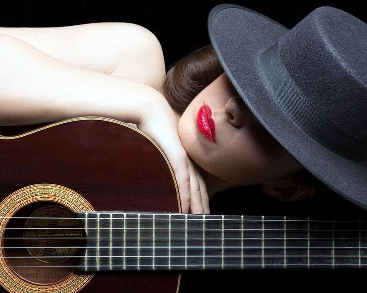 гитара, шляпа, яркие, губы 1280 x 1024