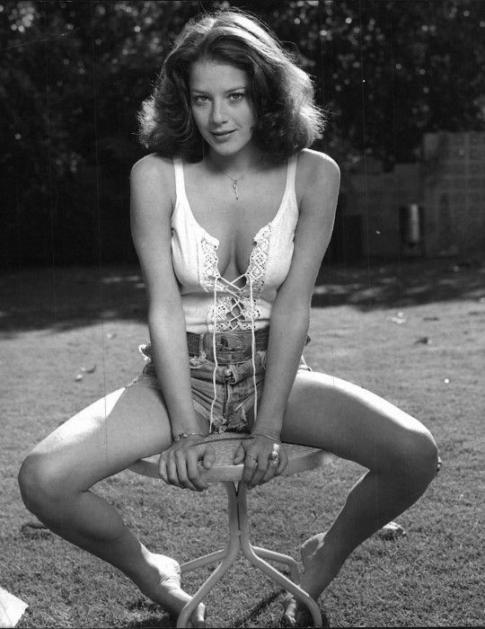 Debra Winger. 1980