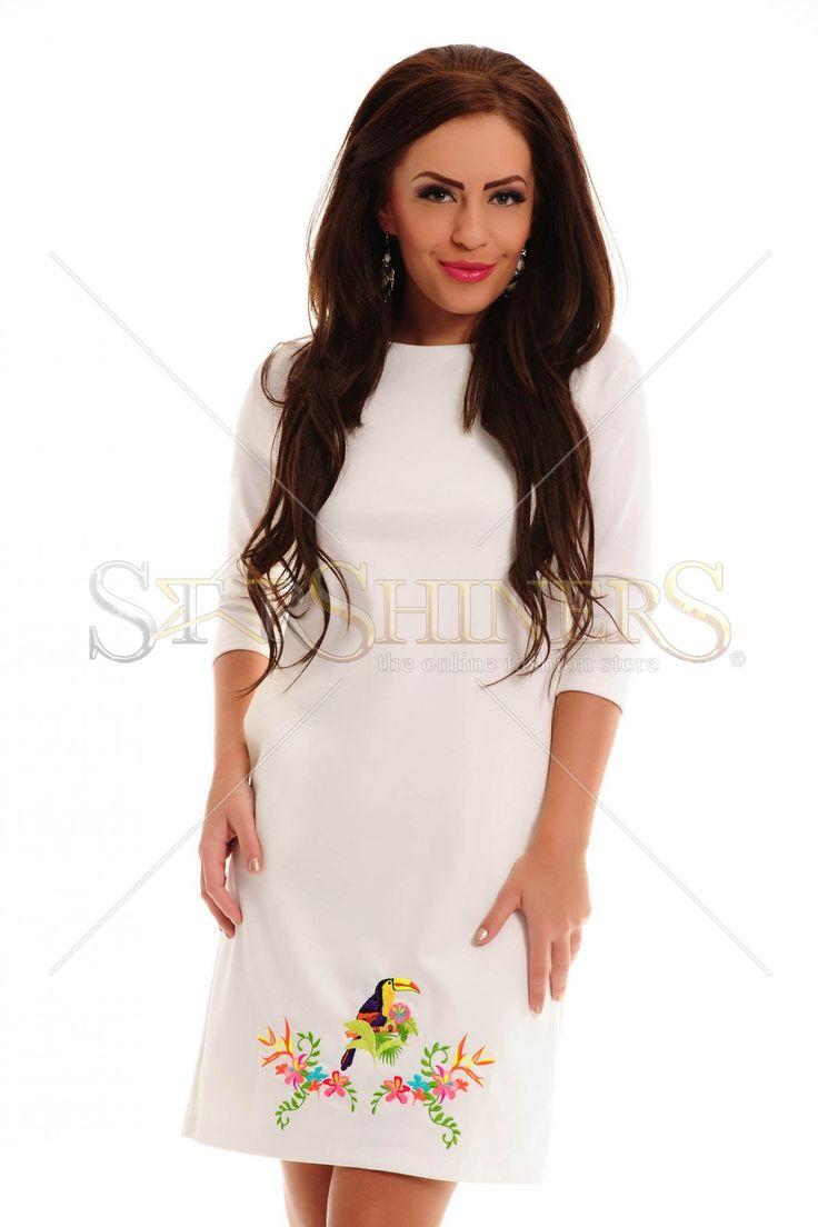 StarShinerS Brodata Safari White Dress